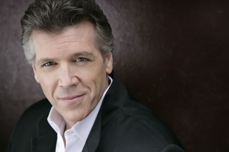 thomas hampson height