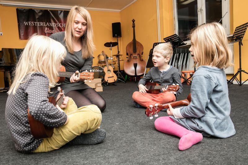 musikschulen und fachhandel laden zu aktionstag ein musik heute. Black Bedroom Furniture Sets. Home Design Ideas