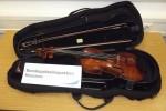 Geige aus S-Bahn