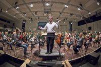 SWR Symphonieorchester mit Dirigent Pierre-André Valade