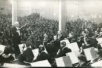"Arturo Toscanini dirigiert ""das Palestine Symphony Orchestra"